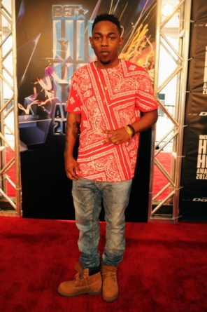 bet-hip-hop-awards-red-carpet-21