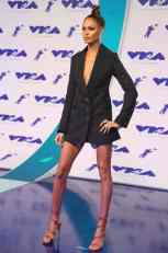 Joan-Smalls-MTV-VMA-2017c